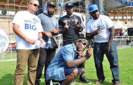Burna Boy Irked, Blasts Organisers Of Club Mega Fest on Twitter