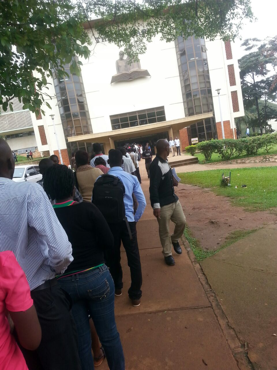 The long queue outside the library
