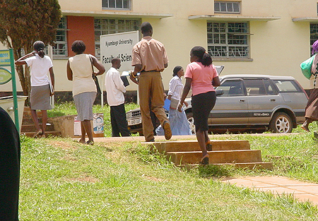 Students of Faculty of Science going for lectures at Kyambogo University. COURTESY PHOTO