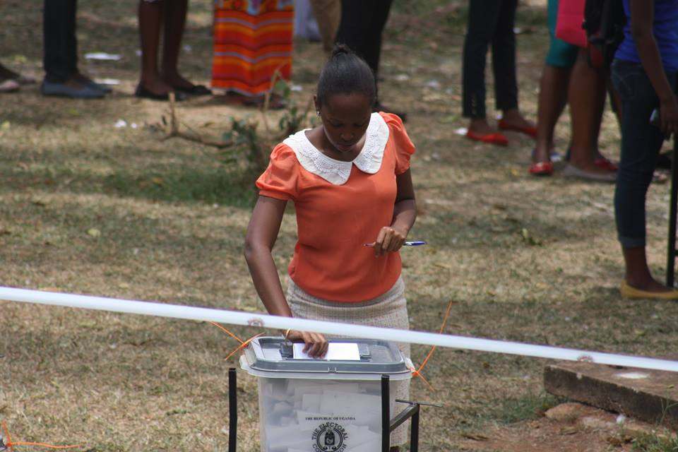 MUK student casts her vote earlier today (PHOTO By Zahra Abdul)