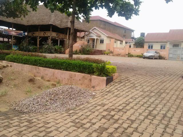 Twilight Bar, Banda, Kyambogo University.