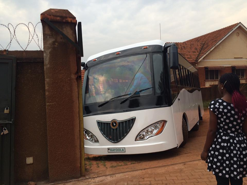 Kayoola Solar Bus leaves its home for the first time!!