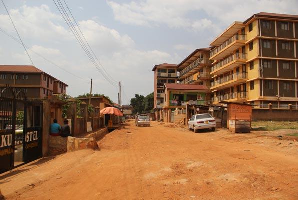 Kikoni, Makerere