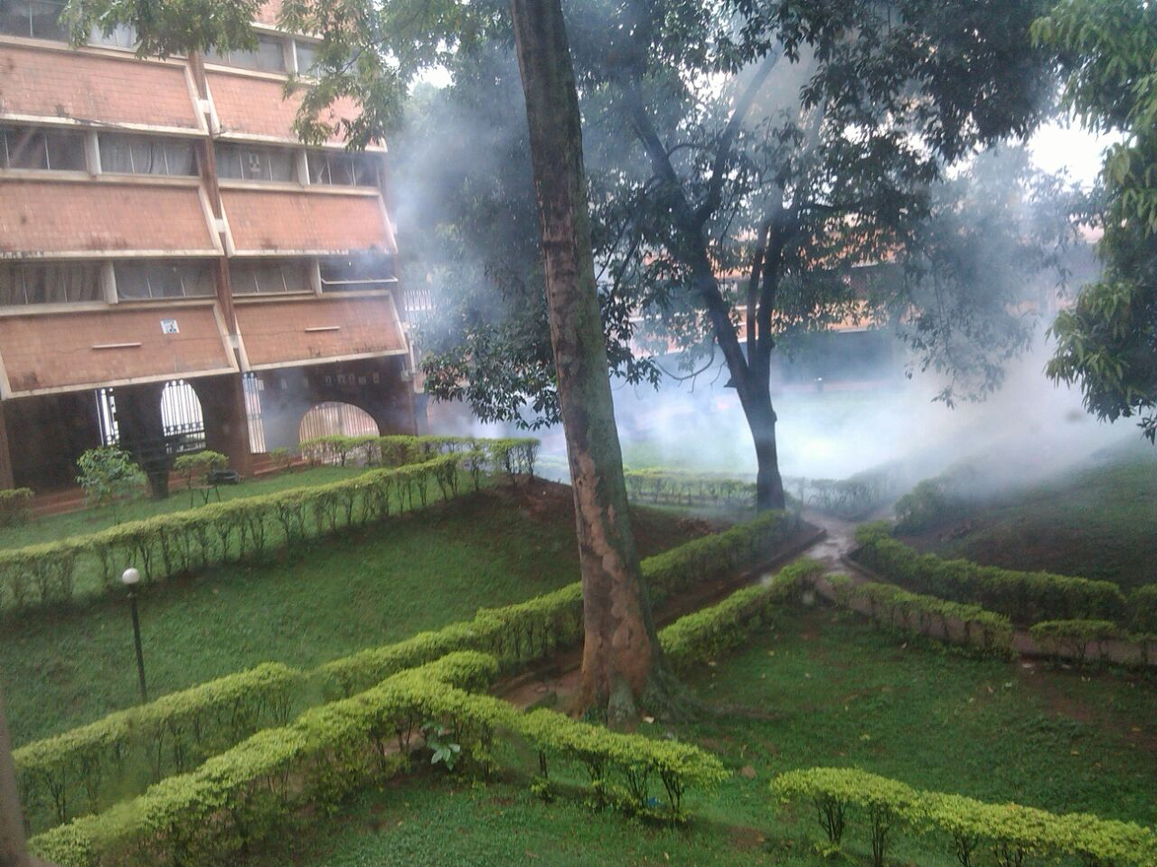 Teargas clouds Lumumba hall