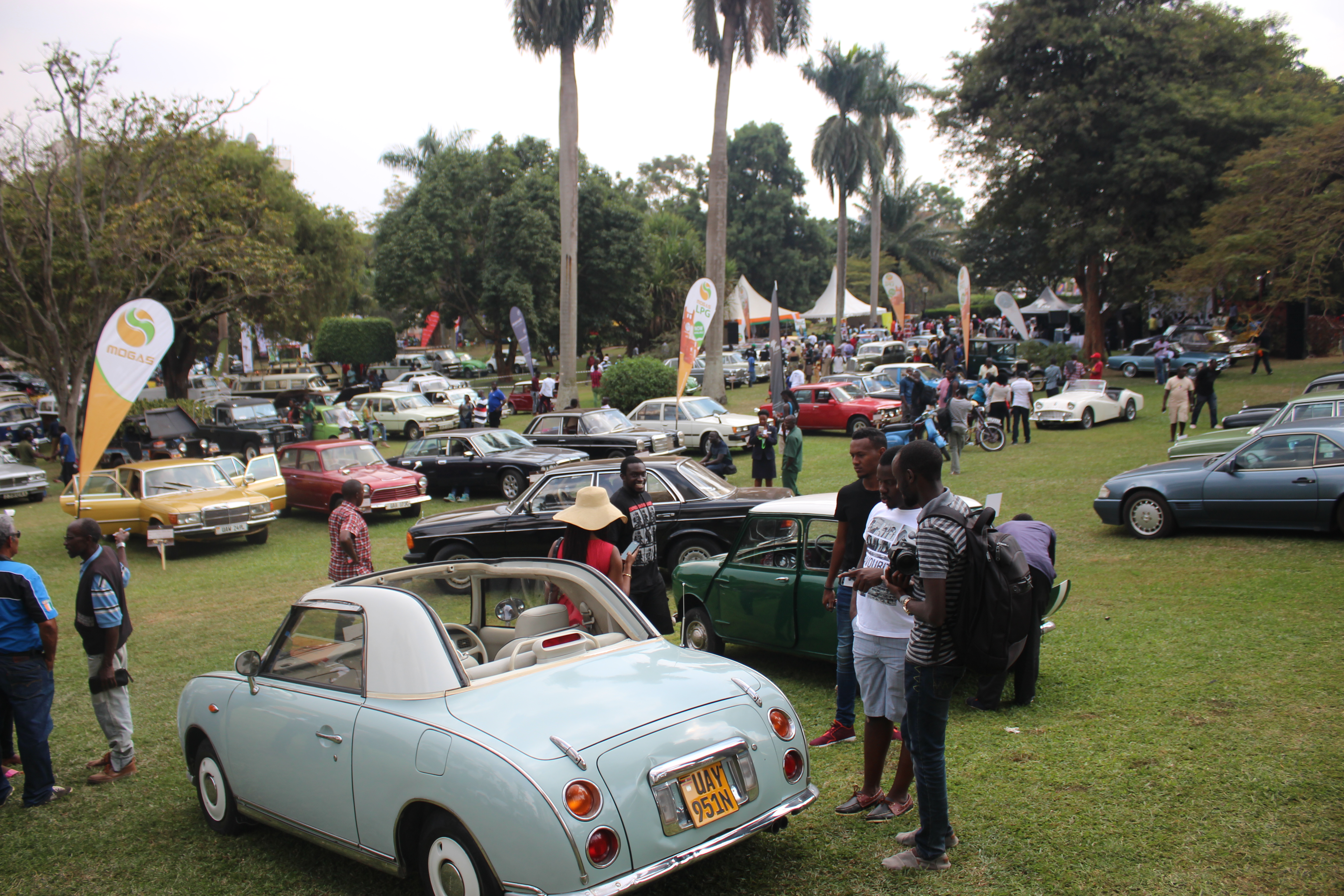Photos: Vintage Car show brings back classics to life - Campus Bee