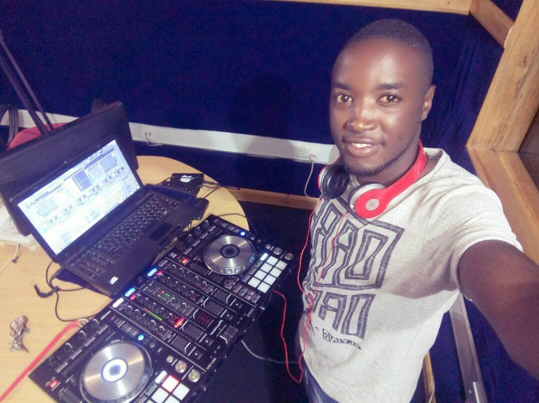 DJ Emma doing his Ting in the Crooze Fm studios