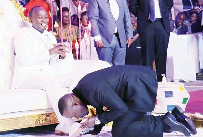 BETRAYAL IN THE CITY: Prophet Mbonye Ditches His Shoe-licker For M7